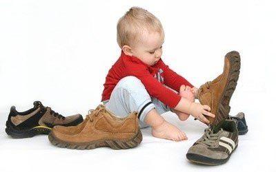 Правильно выбирать обувь для детей
