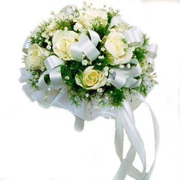 На свадьбе уже давно считается букет